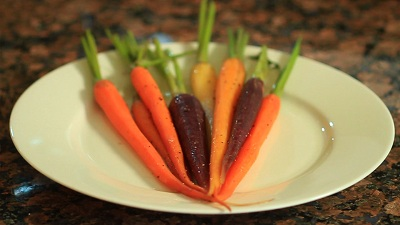 Basic Sous Vide Carrots